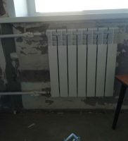 ustanovka radiatora
